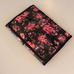Handbags - Floral Hanging Toiletry Travel Bag